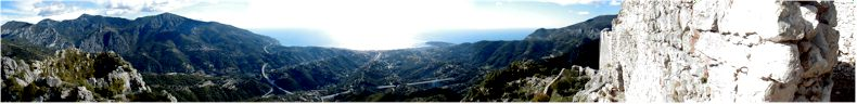View from the old ruined chateau above the city of St Agnes (766Meters) - near to Menton - Sept 2002
