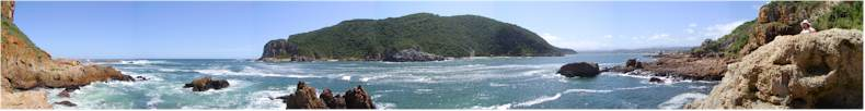 Sitting at the Eastern End of the Heads between the Knysna Lagoon and the Indian Ocean